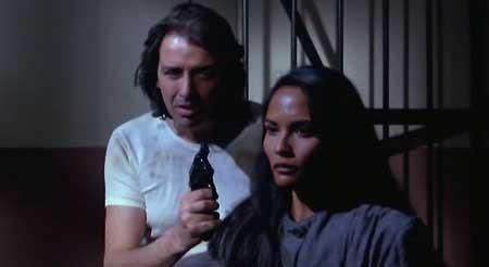 Women's-Prison-Massacre-1983-movie-Bruno-Mattei-(1)