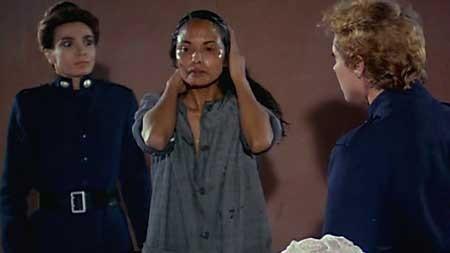 Women's-Prison-Massacre-1983-movie-Bruno-Mattei-(4)