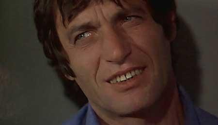 Women's-Prison-Massacre-1983-movie-Bruno-Mattei-(5)