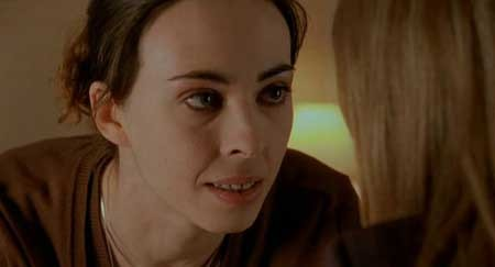 Dans-ma-peau_Marina-De-Van-s'-In-My-Skin-2002-movie-(10)