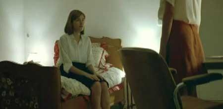 DogTooth-2009-movie-Yorgos-Lanthimos-(7)