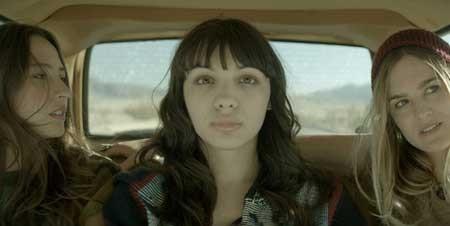 Southbound-2015-movie-(3)