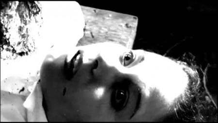 SHORT FILM - LAS AGUJAS DEL DIABLO  (2007).mp4.0016