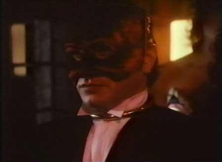 Skullduggery-1983-movie-Ota-Richter-(8)