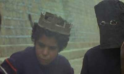 Viva-la-muer-1971-movie-long-live-death--Fernando-Arrabal--(4)