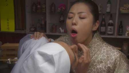 Dead-Sushi-2012-movie-Noboru-Iguchi-(10)
