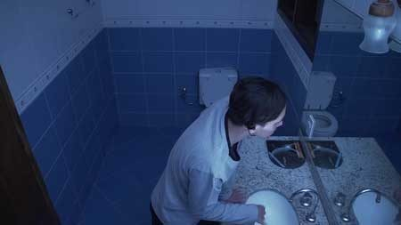 SHORT-FILM---TOILET---SHORT-HORROR-FILM.mp4.0014