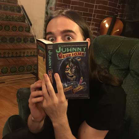 Anthony-reads-Gruesome