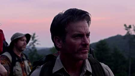 Beacon-Point-2016-movie-Eric-Blue-(1)