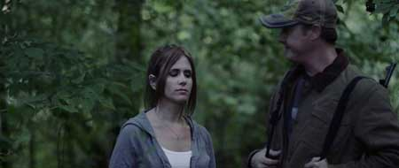 girl-in-woods-2016-movie-jeremy-benson-6