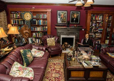 Guillermo-del-Toro-At-Home-with-Monsters-book-(2)