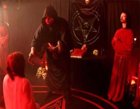 black-blooded-brides-of-satan-2009-movie-sami-haavisto-8