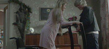 the-lure-2015-movie-corki-dancingu-agnieszka-smoczynska-1