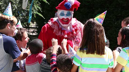 THE KILLER CLOWN MEETS THE CANDY MAN - New Film Based on Serial