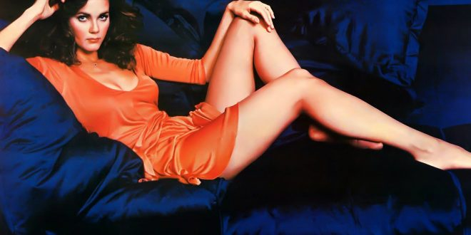 Lynda Carter: Hottest Sexiest Photo Collection