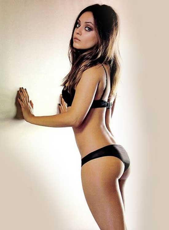 Kunis hot mila Ashton Kutcher