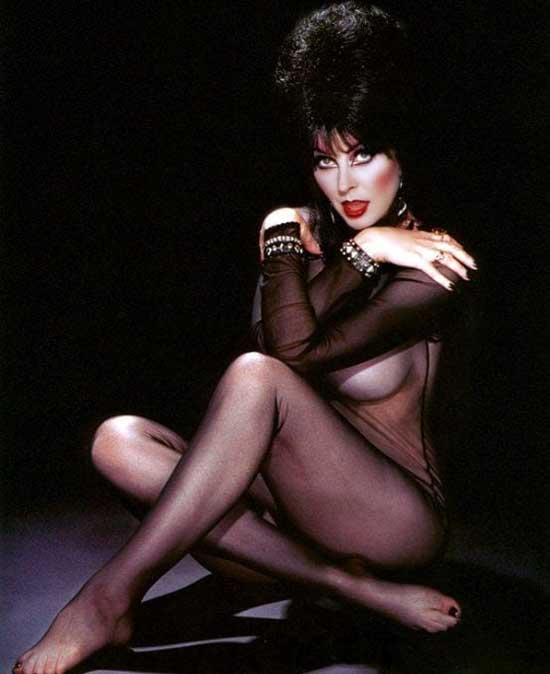 eLVIRA-cassandra-peterson-hottest-sexiest-photo-collection-images-18